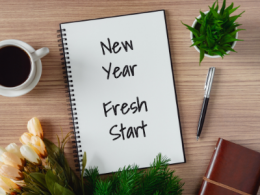 Notepad with note New Year Fresh Start