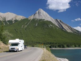 5 Reasons To Use RV Storage This Year